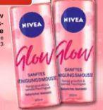 Glow Reinigungsmousse von Nivea