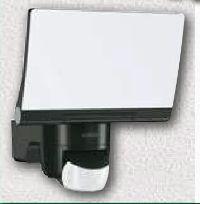 Sensor-Außenstrahler XLED Home2 von Steinel