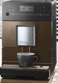 Stand-Kaffeevollautomat CM 5500 von Miele