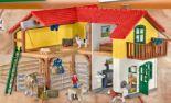 Bauernhaus mit Stall Tieren 42407 von Schleich