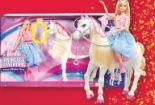 Tanzendes Pferd Und Puppe von Barbie