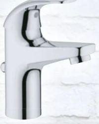 Waschtisch-Einhebelmischer Curve von Grohe