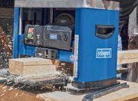 Profi-Dickenhobelmaschine PLM1800 von Scheppach